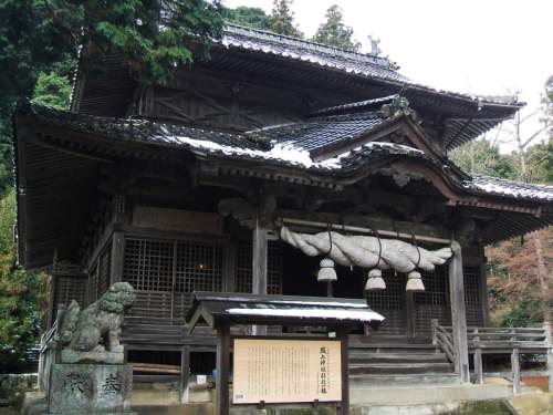 城上神社社殿