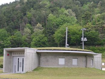 縄文の森発掘保存展示棟
